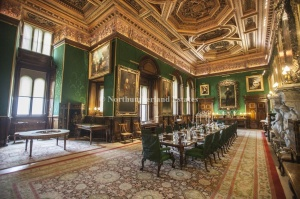 The Percy family dining room, impossible not to covet. Image from Alnwick Castle website.