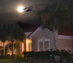 sunsetbeach-house-moon
